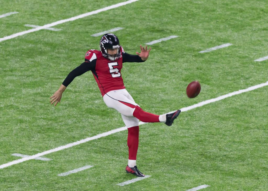 Watch: Falcons player takes punt off his head