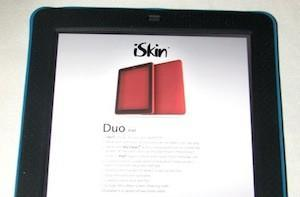 TUAW review and giveaway: iSkin Duo iPad skins