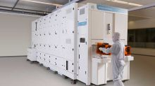 Applied Materials Tops Fiscal Fourth-Quarter Targets, Guides Up