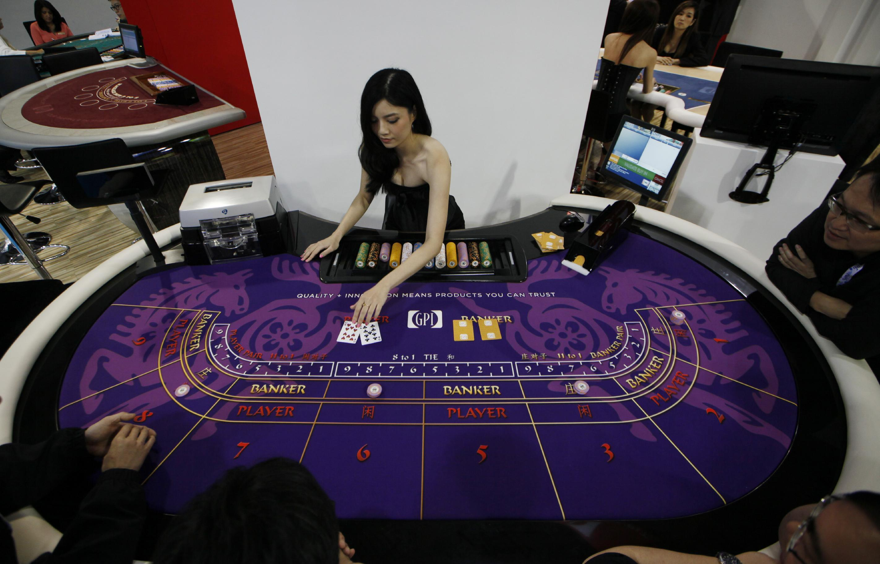 Chinese taste for baccarat drives Macau boom