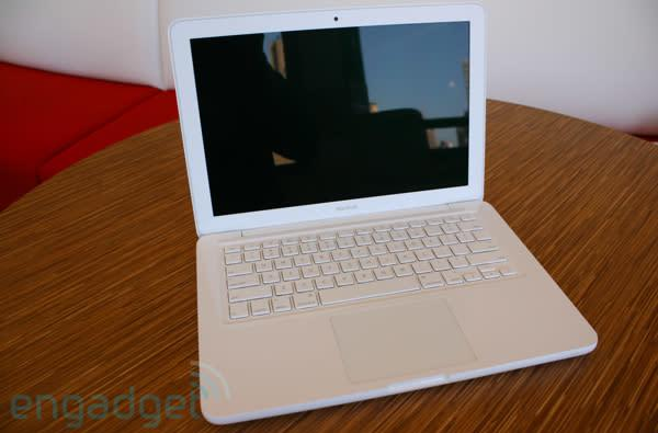 Unibody MacBook (late 2009) review