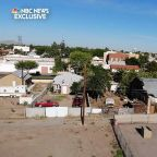 New Mexico border town welcomes migrants