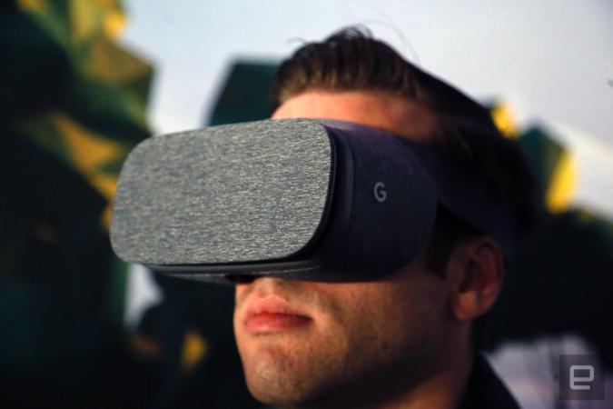 Pixel-rich VR display eliminates the 'screen door' effect