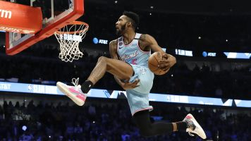 Dunk contest win earns Jones Jr. a Puma deal