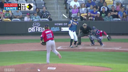 Independent league catcher somehow catches foul tip behind his back