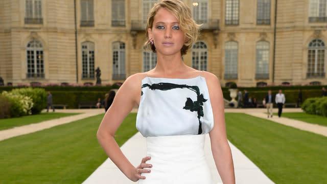 Jennifer Lawrences Nude Photos Leak Online, Other Celebs