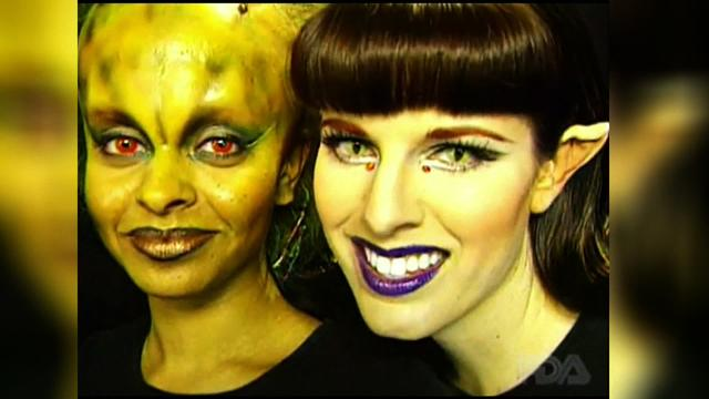 Halloween contact lenses may cause frightening side effects