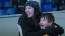 'Mighty Ducks: Game Changers' Trailer: Lauren Graham Starts a Hockey Team