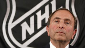 NHL players stay with CBA, preserve labor peace