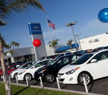 Hyundai Is Letting Federal Employees Defer Car-Loan Payments during Government Shutdown