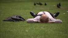 15 mistakes every man over 40 makes in a heatwave (and how to correct them)