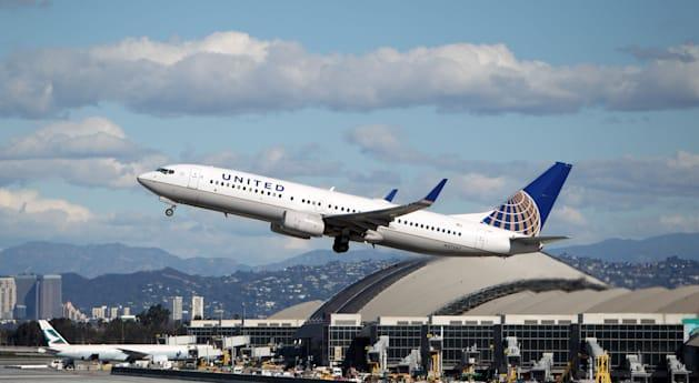 FBI: Security researcher claimed to hack, control plane in flight