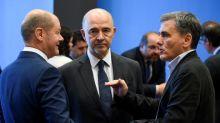 """""""La Grèce ne sera pas maîtresse de ses budgets"""" : malgré l'accord sur la dette grecque, le pays reste sous le contrôle de ses créanciers"""