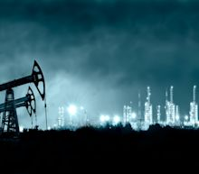 Oil Continues To Gain Ground On Hopes For Robust Recovery