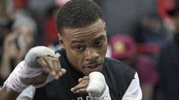 Welterweight champ Spence charged with DWI