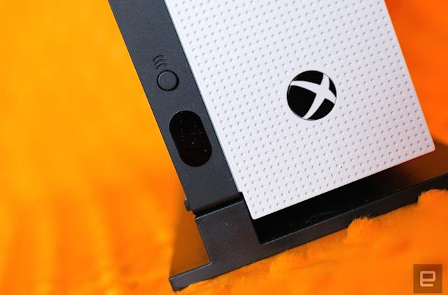 Microsoft promises 'all-new Xbox hardware' next month (update: no)