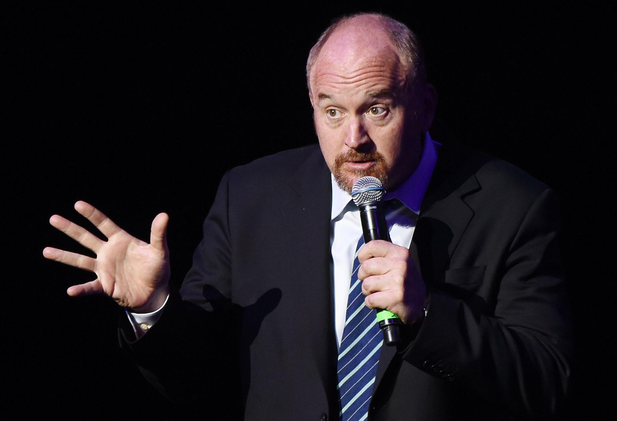 Louis C.K. Performs Stand-Up Performance In Paris; Low-Key Show Held At Theatre De L'Oeuvre