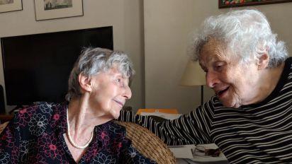 This elderly couple does not fear the coronavirus
