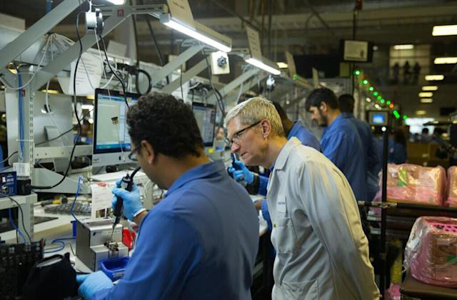 Trump tells Apple to build more US plants in response to tariffs