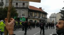 Police Use Tear Gas to Disperse Yellow Vest Protesters in Biarritz
