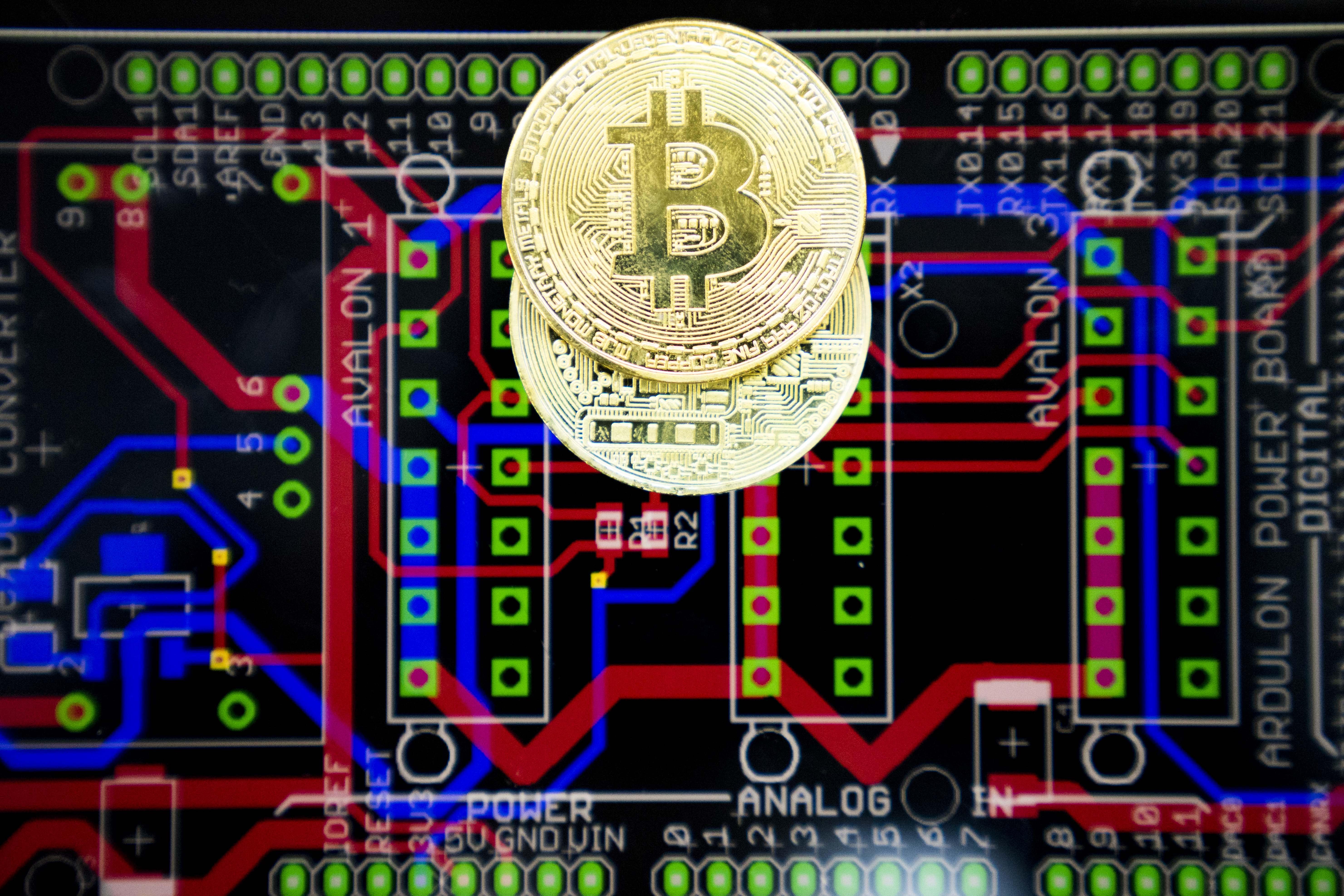 coinbase adds bitcoin cash