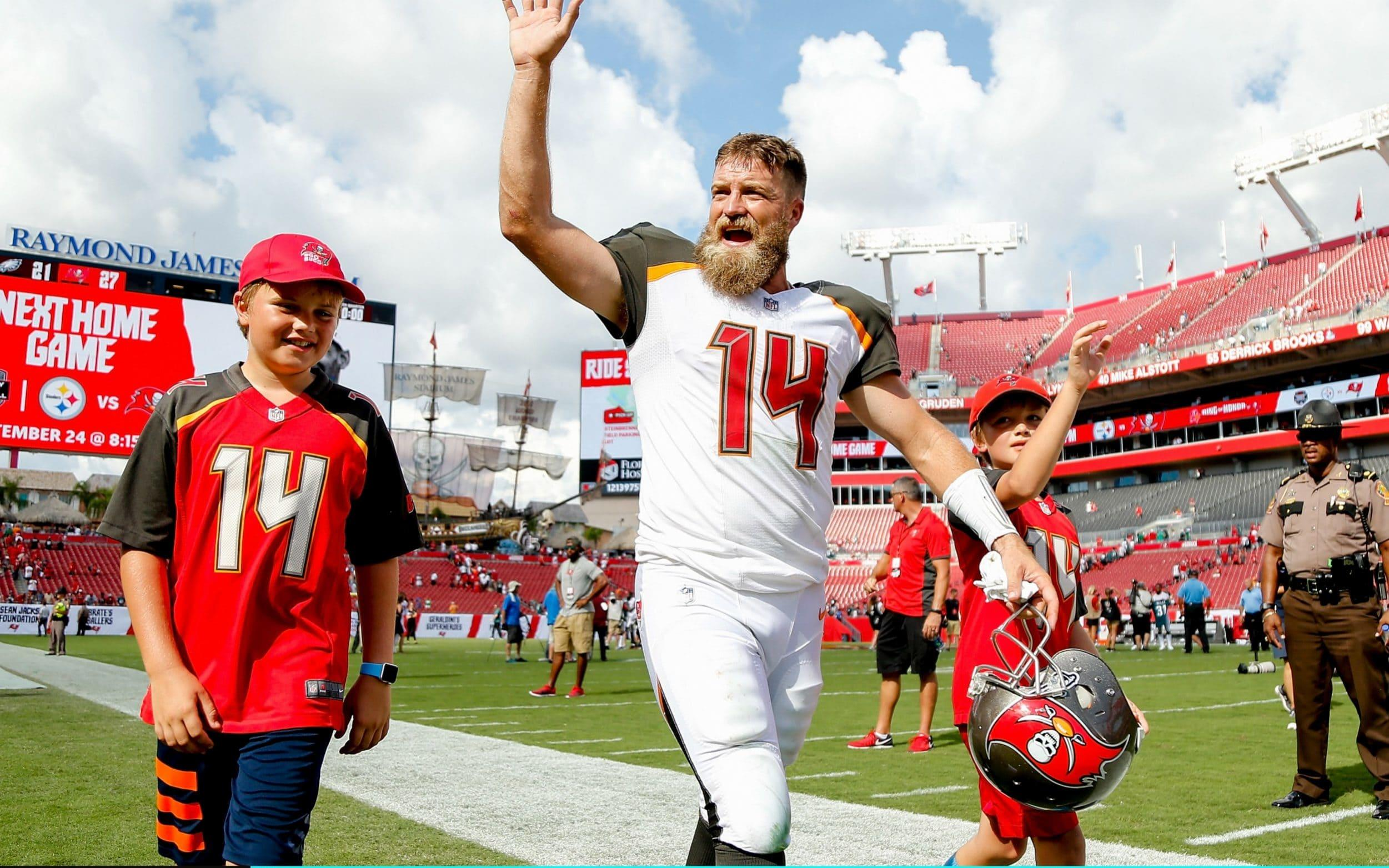 Ryan Fitzpatrick makes it tough to reinsert Jameis Winston 474e23083