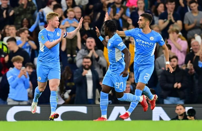 Holders Man City hit six, Liverpool cruise in League Cup - Yahoo Singapore News