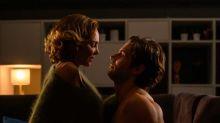 """""""Infidèle"""" saison 2 : Tom Leeb se livre sur les scènes de sexe avec Claire Keim"""