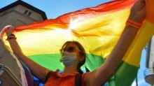 """Qué son las """"zonas libres de LGBT"""", la polémica iniciativa que pretende acabar con la """"ideología gay"""" en Polonia"""