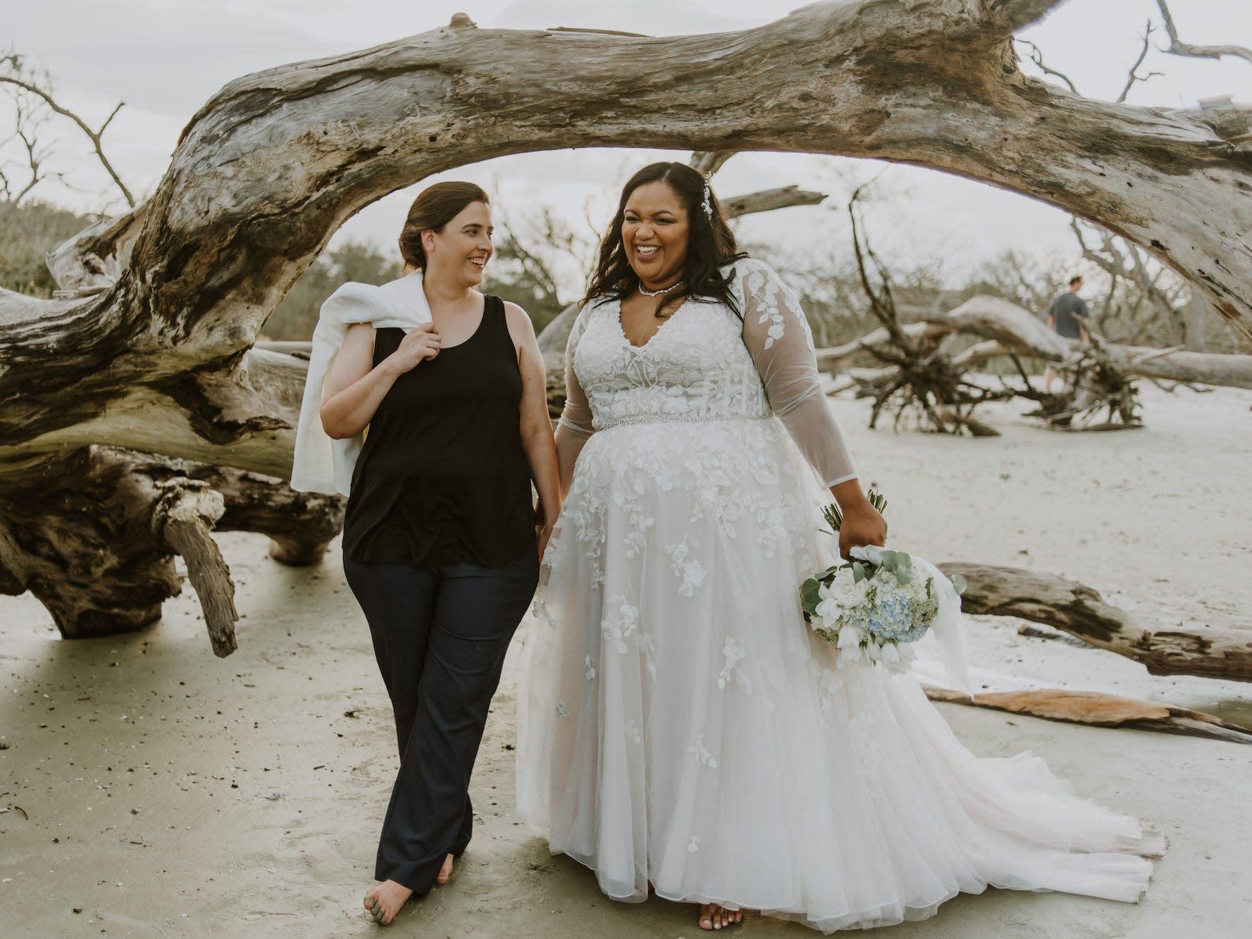 sierraandkatie.elopement.beach.jekyllisland.photographer.stsimons.photography 3657