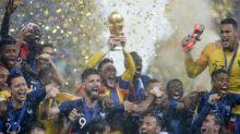 Coupe du monde : les Bleus attendus en France pour un défilé sur les Champs-Élysées