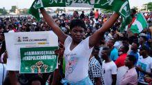 Crocevia Nigeria. Il coprifuoco a Lagos non spegne il sogno delle giovani nigeriane