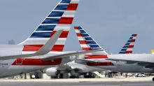 American Airlines says it has pilots for the holidays. Pilots say no.