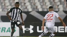 Kalou e Gatito devem retornar ao Botafogo contra o Vasco; veja provável time