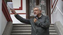 López Obrador defiende fideicomiso para damnificados
