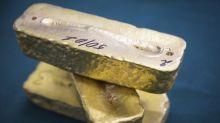 Oro cotiza estable tras fuertes pérdidas