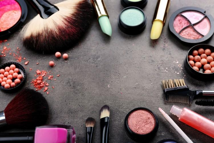 10 Biggest Makeup Companies that Test on Animals