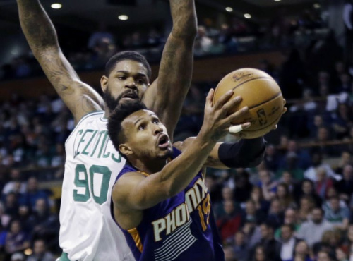 Leandro Barbosa will run at top speed and attempt wild layups for a new team next season. (AP)