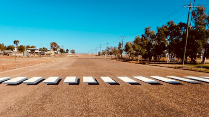 Outback town installs 3D pedestrian crossings