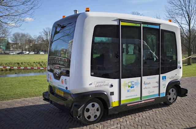Driverless buses to hit Finnish city's streets
