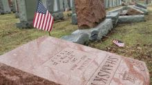 Muslims raise over $91,000 for vandalized Jewish cemetery in Missouri