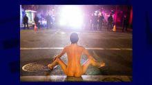 États-Unis: comment une femme nue est devenue un symbole des manifestations