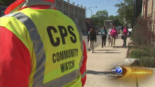 Workers trained to provide Safe Passage for CPS students