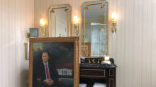 Artist says he hung Putin portrait in Trump Hotel suite in D.C., where it remained until he retrieved it a month later