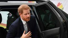 Príncipe Harry chega ao Canadá para iniciar nova vida com Meghan e seu filho