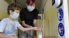 Coronavirus, cambia l'età media: l'ultimo report Gimbe