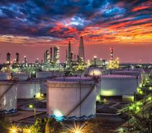 Will Rising U.S. Stockpiles Disrupt Crude's Bullish Trend?