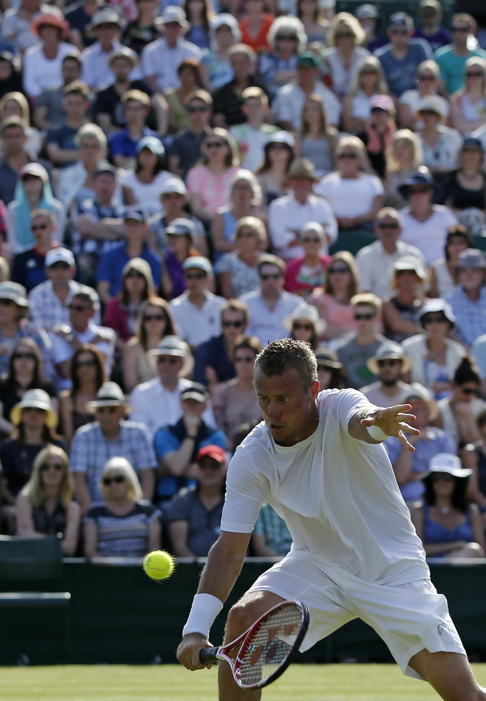 Tennis Hewitt Hanging Tough In Wimbledon Last Waltz