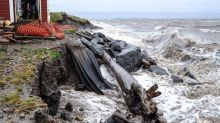 Tuktoyaktuk gets $5.5M from feds to address climate change and eroding shoreline