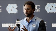 North Carolina coach Larry Fedora helps student with ride to graduation